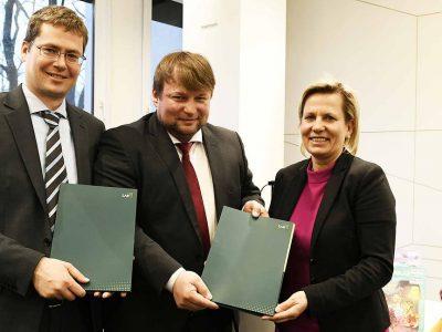 """Linguwerk und TU Dresden: Bescheidübergabe für das EFRE-Projekt """"Zungenmaus"""""""